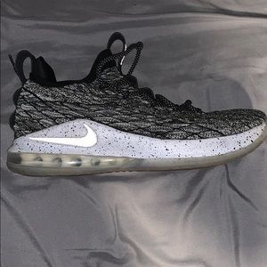 LeBron 15 Low Ashes